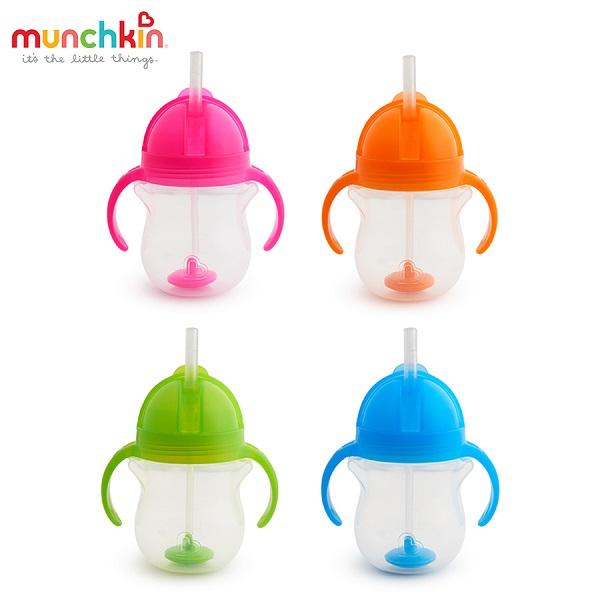 coc-tap-uong-ong-hut-munchkin-moi-tu-the