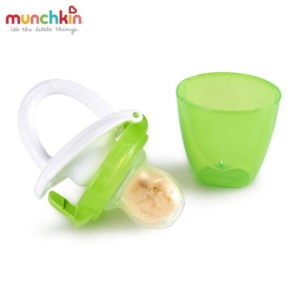 tui-nhai-tap-an-dam-silicone-munchkin2
