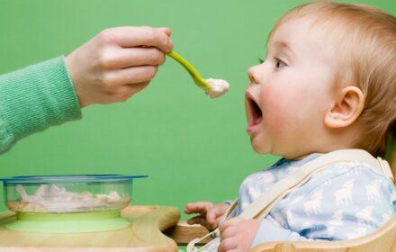 Lưu ý gì khi cho trẻ ăn dặm kiểu Nhật giai đoạn từ 5 - 6 tháng tuổi 2